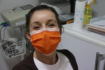 surgical-mask-nurse-epidemic-covid-19-coronavirus-coronavirus-infection-healthcare-protective-medicine-thumbnail